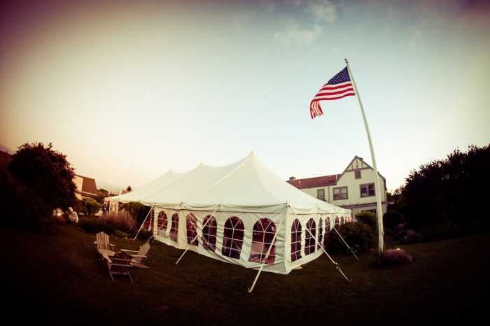Sole East Wedding Tent: 60 x 90/ Cathedral Windows